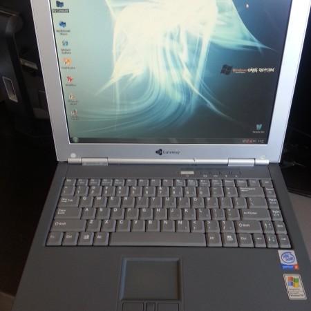 Gateway laptop (1)